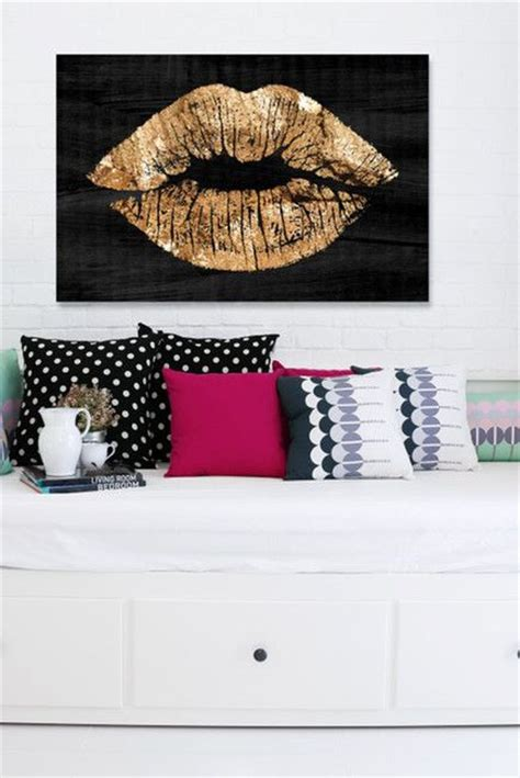 themes for canvas gold solid kiss night canvas art d r e a m r o o m