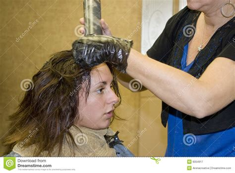 hansen bedroom lust pictures of client with hair dresser 8 tried and true retailing tips for salons simply