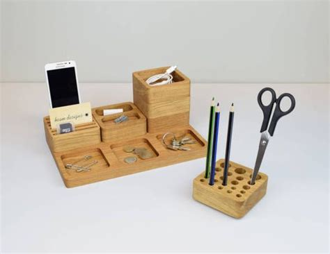 Office Desk Tidy Best 25 Desk Tidy Ideas On Desk Tidy Diy Desk Organization And Desk Cable Tidy