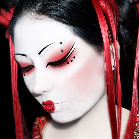 geisha dramatic makeup inspiration