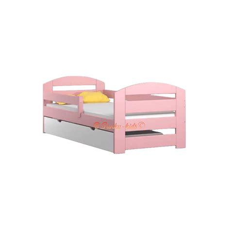 letto singolo legno massello letto singolo in legno di pino massello kam3 con cassetto