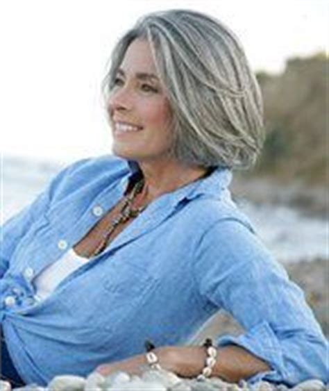 silver hair jaw length 1000 images about hairstyles fade to grey on pinterest
