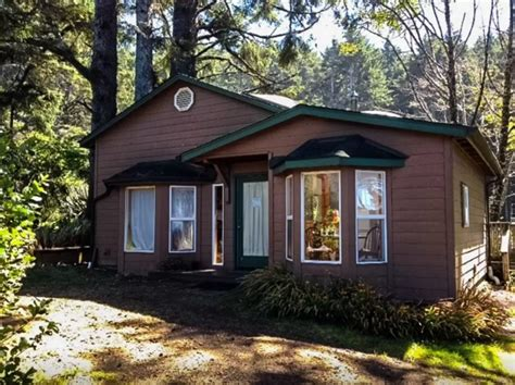 oregon coast cabin rental 9 awesome affordable oregon coast vacation rentals