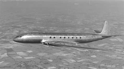 De Havilland DH106 Comet 1 & 2   BAE Systems   International
