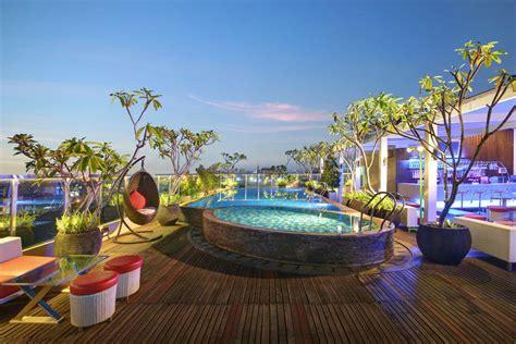 hotel  kolam renang  rooftop  yogya