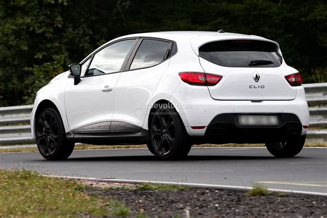 home wot f1 inspired renault megane rs hot hatch unveiled w new clio iv rs spy photos from the nurburgring autoevolution