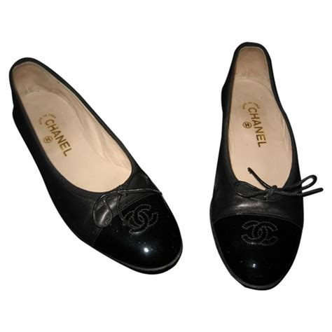 Chanel 1606 Leather black leather chanel ballet flats vestiaire collective