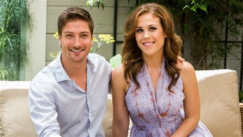 daniel and erin fans erin krakow and daniel lissing a special