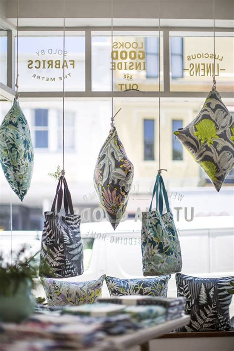 cool  creative stores window display ideas home