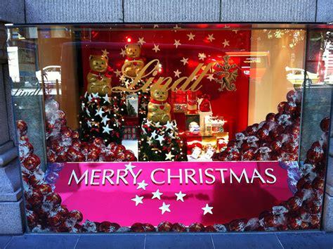 lindt christmas window 2011
