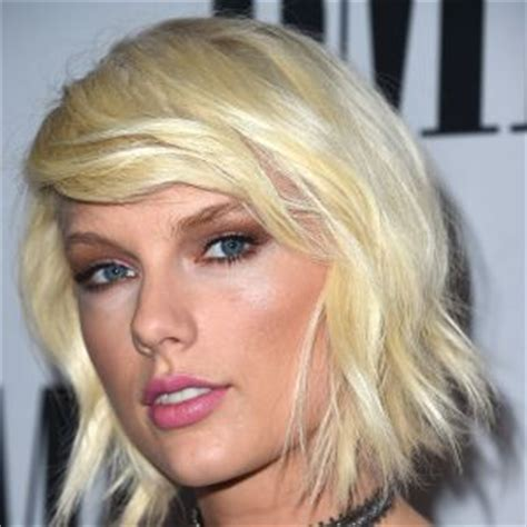 biography information about taylor swift taylor swift songwriter singer biography