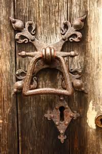 antique door knobs knockers on door knockers