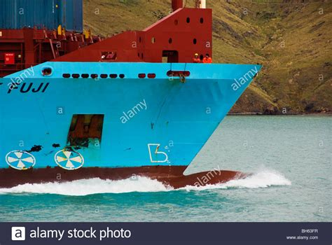bow boat waves ship bow wave stock photos ship bow wave stock images