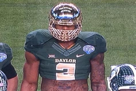 baylor s shawn oakman becomes internet meme due to massive