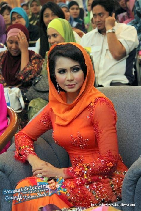 download mp3 gigi garis lini sensasi selebriti berita hiburan gossip artis gambar