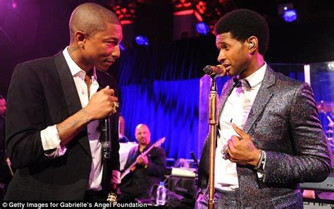 usher grows kinky curly hair in afro hairstyle the usher 2014 afro www pixshark com images galleries with