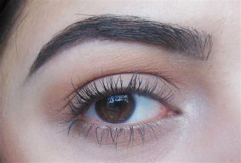 Pomade Eyebrow fabuleuse brow wiz vs dipbrow pomade