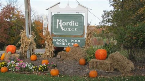 Nordic Lodge Door County by Fall Decorations Picture Of Nordic Lodge Bay