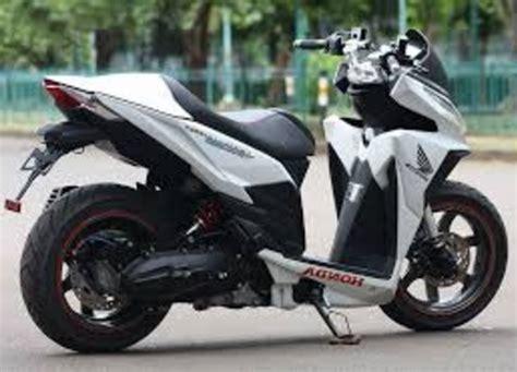 Modif Mio Sporty Touring by Modifikasi Honda Vario 150 Touring Sporty Desain
