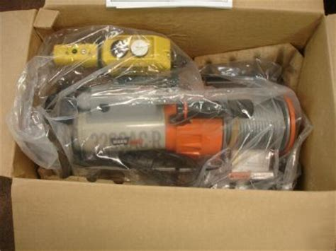 warn works ac  utility winch  box