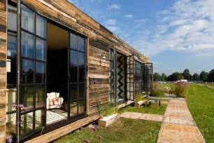 prefab luxury homes 12 brilliant prefab homes that can be assembled in three