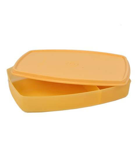 Tupperware Lunch Box 301 moved permanently