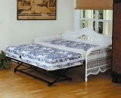 King Size Daybed Guest Room On Daybeds Trundle Beds And Daybed With Trundle