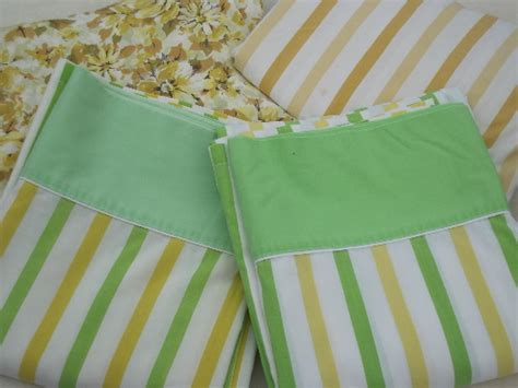 vintage pattern bed linen vintage sheets for bed linens or sewing retro floral