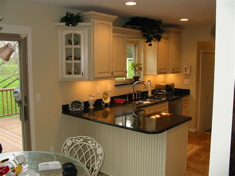 Kitchen Cabinets Hickory Photos Kitchens With Painted Maple Or Rustic Alder
