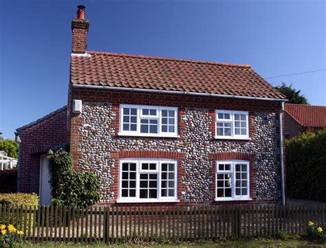 Cottage In Norfolk oaktree cottage for norfolk self catering cosy comfortable detached sleeps