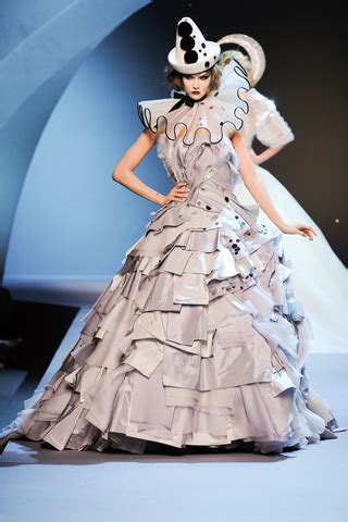 Show Report Haute Couture Ss 07 Christian by Runway Report Haute Couture Fashion Week