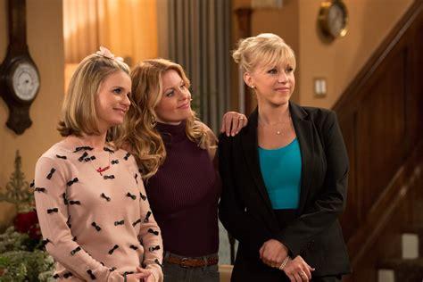 house season 2 fuller house season 2 details popsugar entertainment