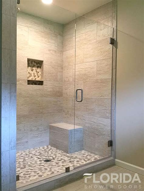Showers With Glass Doors 25 Best Ideas About Shower Seat On Pinterest Shower Guides Shower And Showers