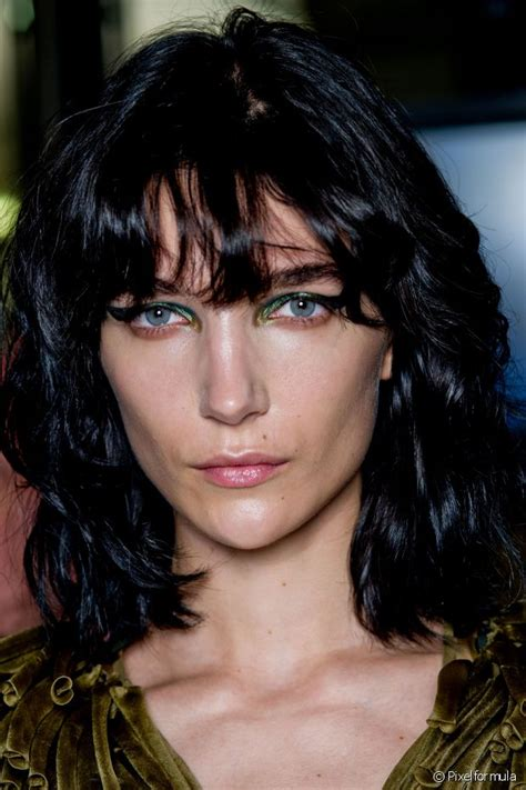 look pelo negro 2016 el color de cabello negro azulado ser 225 tendencia en la