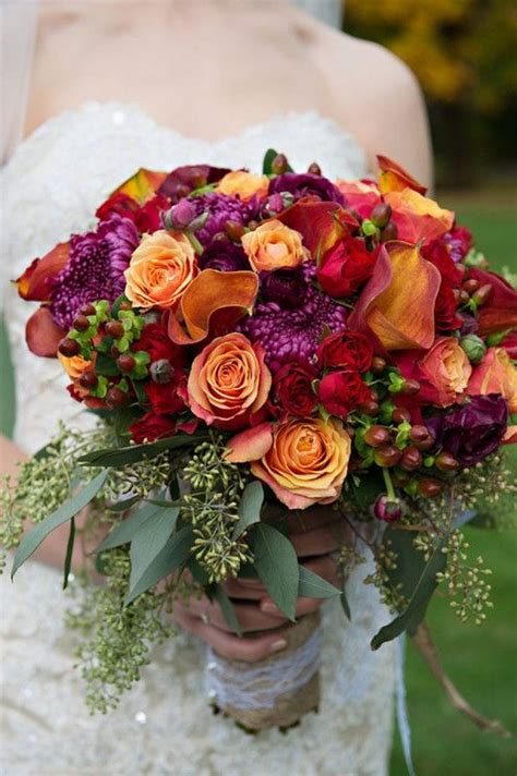 top  fall wedding bouquets  autumn brides roses rings