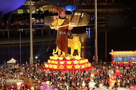 new year singapore things to do singapore river hong bao 2017