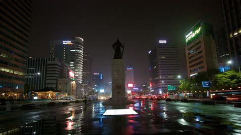 wallpaper yi sun shin statue of admiral yi sun shin south korea wallpaper 40142