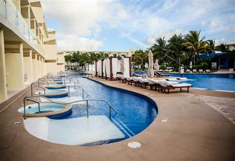 azul sensatori premium section all inclusive family luxury at the azul sensatori mexico