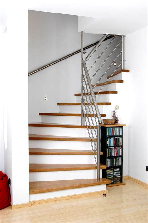 Holzgeländer Außen by Metalltreppe Au 223 En Design Home Design Ideen