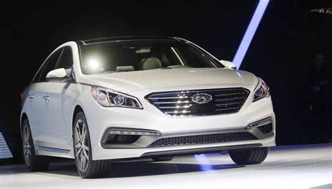Kas Rem Mobil Hyundai akibat lu rem tetap nyala hyundai sonata kena recall autonesian