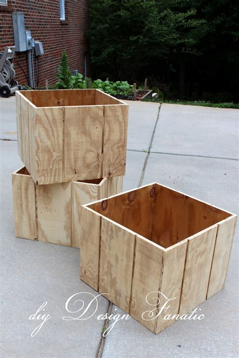 Diy Wood Planter Box by Diy Design Fanatic How To Make A Wood Planter Box