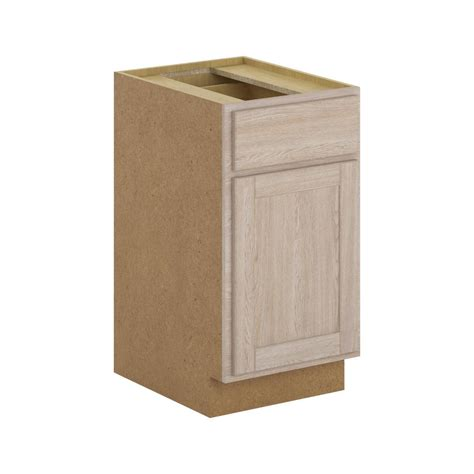 18x34 5x24 in base cabinet in unfinished oak b18ohd the hton bay assembled 18x34 5x24 in stratford base