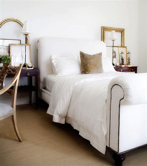 white and gold bedroom designs hot trend 30 creative ways to decorate with empty frames