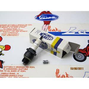 Magneti Mareli Busi Vespa Excel 150 candela magneti marelli cw6n passo corto fondo di magazzino per vespa 50 90 98 125 150
