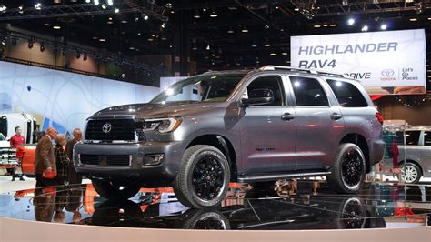 toyota sequoia 2019 redesign 2019 toyota sequoia rumors redesign limited release