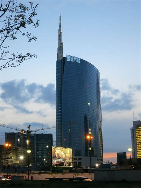 italia sede torre unicredit