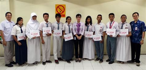 yayasan astra honda motor ahm berikan beasiswa kepada 92 siswa berprestasi di