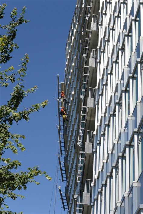 house windows canada high rise window cleaning pacific rope works