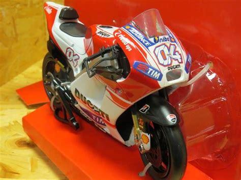 Miniatur Motogp Ducati Skala 1 12 Diecast Andrea Dovizioso Motor Gp andrea dovizioso ducati desmosedici 2015 1 12