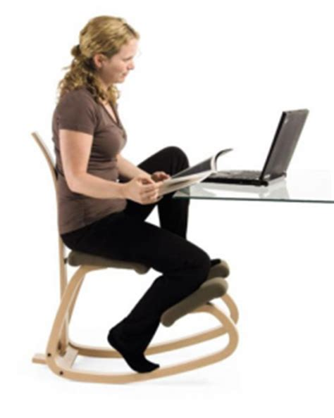 Knee From Sitting At Desk by Kneeling Chair Vs Which Ergonomic Solution Is